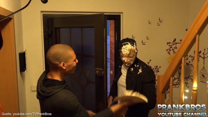 PrankBros - Torte ins Gesicht (Prank)